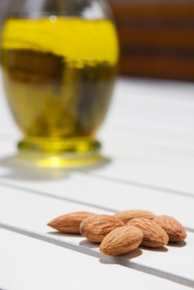 almond oil for skin